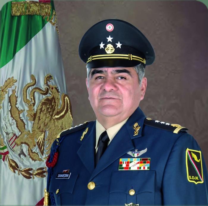 general alejandro saavedra Hernandez Estado mayor.jpg