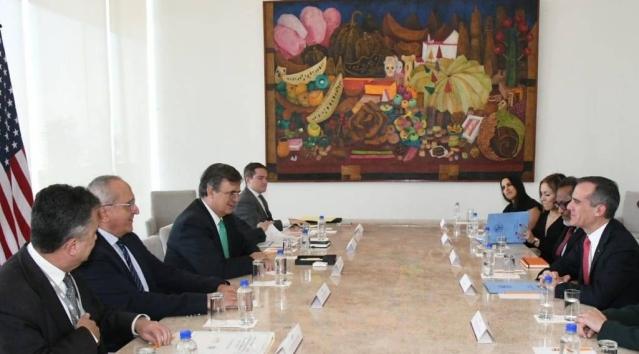 FOTO 02 Se reúne el canciller Marcelo Ebrard con el alcalde de Los Ángeles