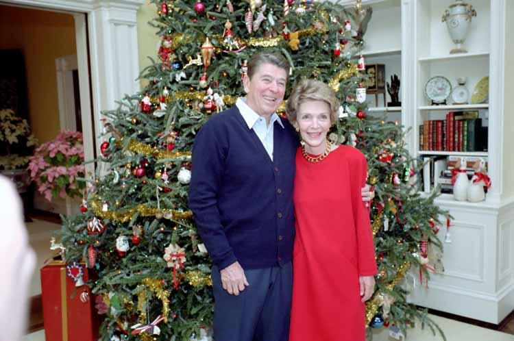 Reagan-Christmas-tree.jpg